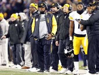 Steelers Coaching Staff confused and helpless during a 26 to 6 beat down by the Ratbirds
