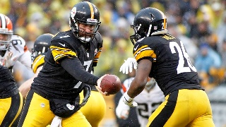 Le'Veon Bell ran with power and finesse in the season opener at Heinz Field